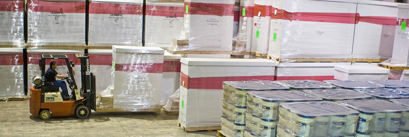 200,000 sq ft warehouse